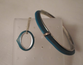 Vintage / FOSSIL / SMALL HANDS / Bangle Bracelet / Pendant Choker Necklace / Turquoise Blue / Designer / Signed / Tribal / Organic / Lot
