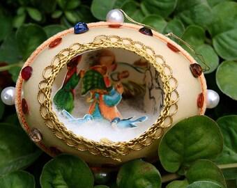Vintage Chicken Egg Shell Christmas Diorama with Metallic Trim Scene Fabergé Style - Orange Velvet, Metallic Trim - Little Girls