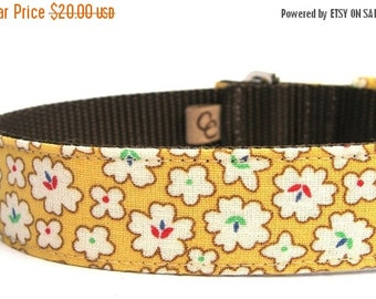 BIG SALE Dog Collar with metal buckle- Golden Flower Blossoms