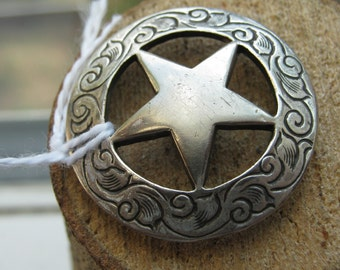 Hand Crafted Vintage Quarter Sheriff Star Button Coin Silver Western Design