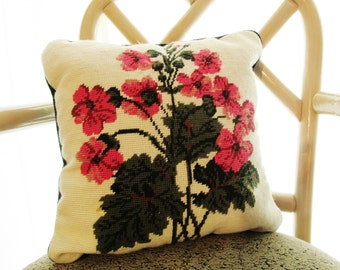 Vintage Geranium Needlepoint Pillow, Wool Needlepoint, Floral Needlepoint Pillow, Decorative Pillow, Cottage Chic, English Country