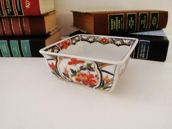 Vintage Imari Dish, Chinoiserie Square Dish, Porcelain Nut Dish,Home Office Decor, Hollywood Regency