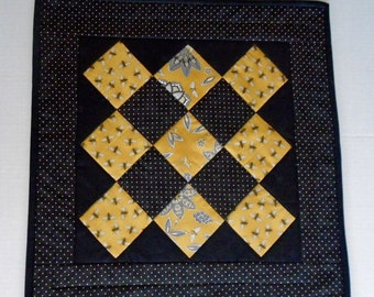 Modern Quilted Table Topper, Quilted Table Runner, Table Quilt, Patchwork Table Runner, Black and Gold, Bees amd Flowers