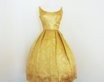 Oro... vintage 1960's decadent glamour gold French toile brocade regal evening cocktail dress