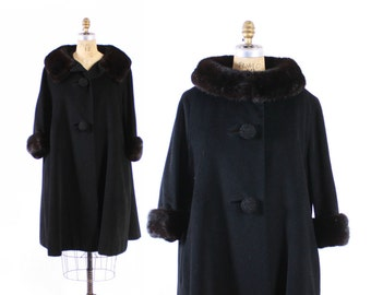 Vintage 60s Swing Coat / 1960s Dramatic Black Cashmere Trapeze Coat with Genuine Mink Fur Collar M