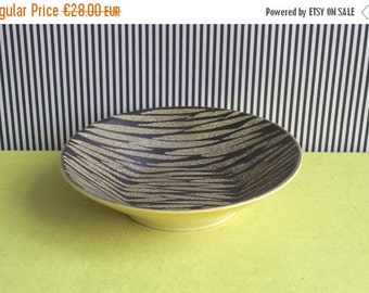 Summersale Mid Century Modern West Germany Pottery Plate Made by Carstens Tonnieshof in the 70s.