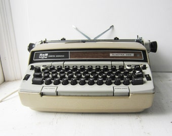 Vintage Smith Corona Gold Electra 220 Portable Electric Typewriter with Case