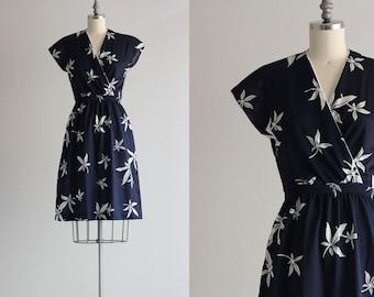 Vintage 70s Dress . Navy Dress . Tropical Summer Dress