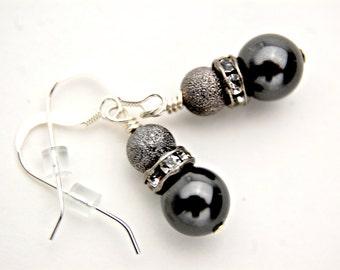 Small Earrings/ Birthday Presents for Mom/ Small Pearl Earrings/ Best Gift for Girlfriend/ Pearl Earrings Drop/ Grey Pearl Drop Earrings