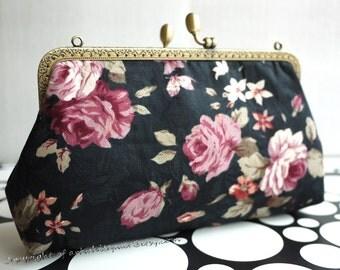Kiss Lock Frame Women Girls Bridesmaid Messenger Purses Wallet Clutch----Makeup,Cosmetic Bags,Evening Bag,Phone bag,Flowers,GET FREE GIFT