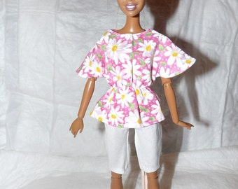 Pink Daisy floral bat wing top & white capri pants for Fashion Dolls - ed826