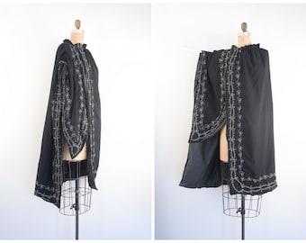 rare antique pre - 1920s sword cloak - Edwardian cape / The M.C. Lilley & Co. - black wool / Victorian gothic  - embroidered ritual cloak