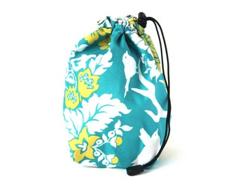 SALE - Drawstring bag - small reversible - knitting bag - blue/yellow flowers