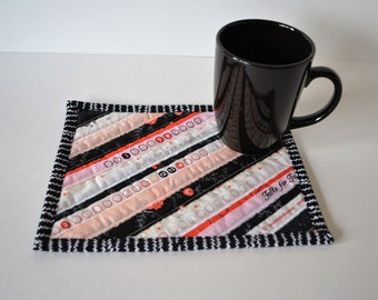 Black and Coral Mug Mat, Quilted coasters, Mini placemats, mug mat, quilted mug rug, upcycled selvage, eco friendly