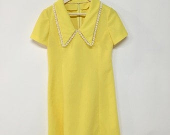 vintage 60s yellow daisy mod twiggy dress