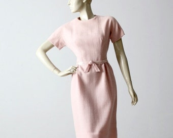 SALE 1950s pink linen wiggle dress, fitted vintage dress