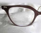 Vintage Cateye Glasses - 1950s Brown Lucite Eyeglasses - Unique Shape - Layers Lucite Laminate