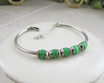 Vintage Green Cat Eye Sterling Silver Bracelet (small wrist)