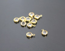 Jewelry Supplies, Gold Small Round Acrylic Drop Pendant, crystal clear framed Glass Stone charm,  5 pc, U81197