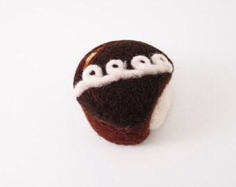 Needle Felted Ornament - Hostess Cupcake