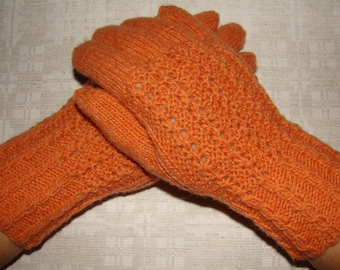 Women gloves- hand knitted, very warm, orange