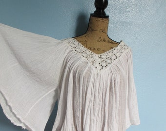 70's Vintage White  Gauze Lace Hippie Blouse Top Angel Sleeves fits most