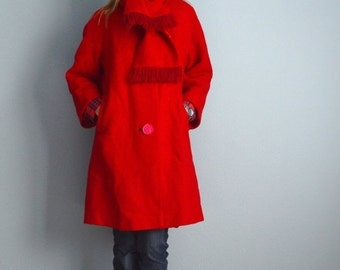 July SALE - 15% Off - Vintage 60s Christmas Red Wool Swing Coat with Scarf // womens medium