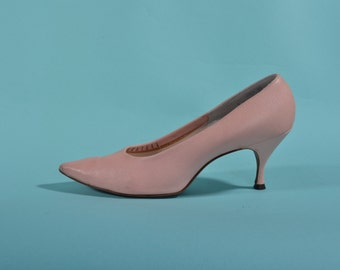 Vintage 1960s Pink Stiletto Shoes - Leather High Heels - Bridal Fashions Size 7