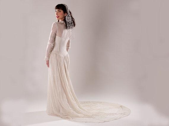 Vintage 1940s Lace Wedding Dress Ecru Old Hollywood Bridal
