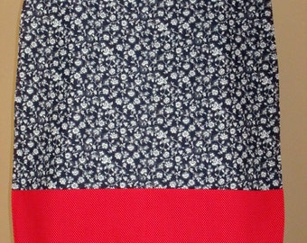 Adult Woman Garment Clothing Protector Bib Cover Up – Dark Blue & White Floral, Red/White Polka Dot Pockets