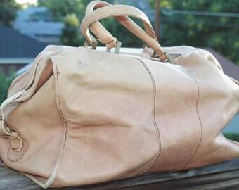Vtg. Leather Tumi Duffel Gym Bag UNISEX