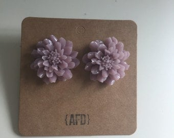 Large flower earrings | dusty lilac purple | boho chic