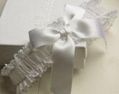 Boudoir Bow French Lace Bridal Garter