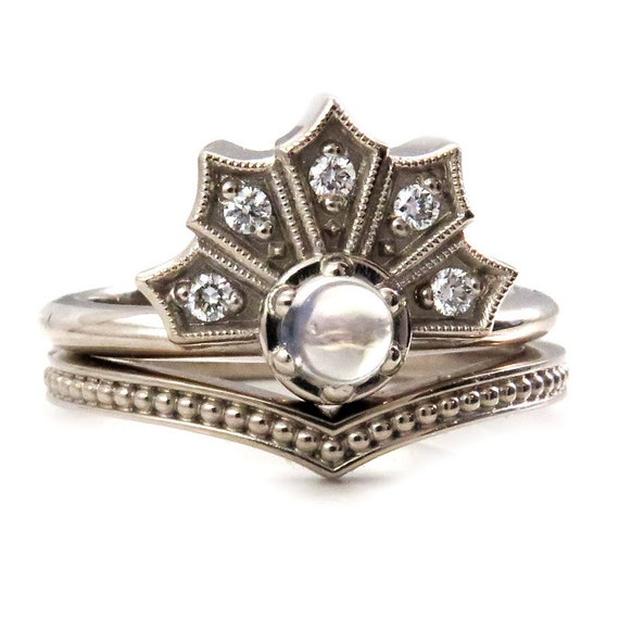 Gothic Victorian Crown Enagement Ring Set