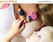 FLASH SALE Flower Mama Nursing Necklace - Navy Blue & Pink - Oak Wood