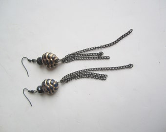 Long Black Earrings ./. Gold Black Dangles ./. Chain Earrings ./. Glamourous Dangles ./. Festive Jewelry ./. Pendants d'Oreille ./. Party