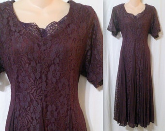 Nostalgia Ladies Full Skirted Romantic Burgundy Lace Dress Size Medium