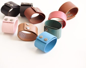 Leather bracelet personalized, leather bracelet for women, friendship bracelet, leather bracelet woman, minimalist bracelet, gift for her