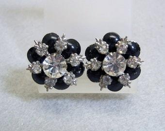 Fun and Funky Vintage Rhinestone Flower Screwback Earrings