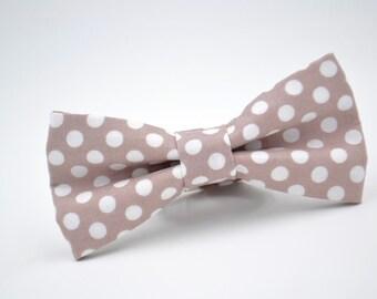 Mens Bowtie, Taupe Bow Tie, Taupe Gray Bow Tie, Biscotti Bow Tie, Groomsmen Bow Tie, Wedding Bowties