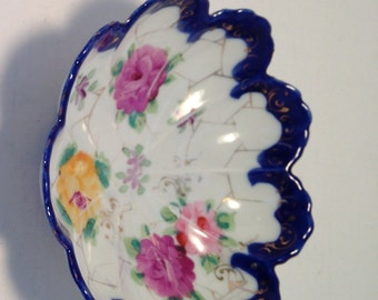 Antique flow blue bowl - flo blue dish pink yellow flowers, gilding  tulip edge - At Everything Vintage shipping is on us!