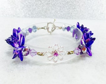 Purple Bead Bracelet, Glass Bead Bracelet, Dagger Bead Bracelet, Czech Glass Beads,, Swarovski Crystals, Purple Jewelry, Flower Bracelet