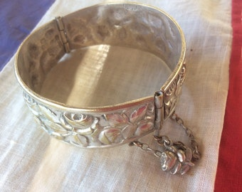 Pretty Rose Design Vintage French Religious Hinged Silver Bangle