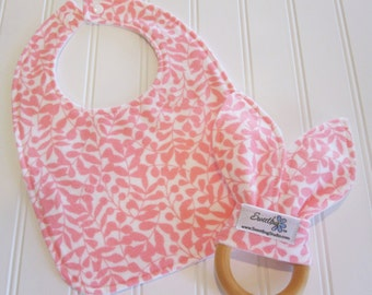 CLEARANCE/SWEET NATURALS/Organic Line/Newborn Gift Set/Infant Bib & Teether/Branch in Pink/Organic Flannel