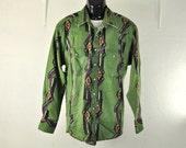 Vintage Wrangler Mens Shirt Large Green Tribal Southwestern Purple & Black Boho Faded Womens XLarge Pearl Snap Up Cowboy Long Sleeve 1980's