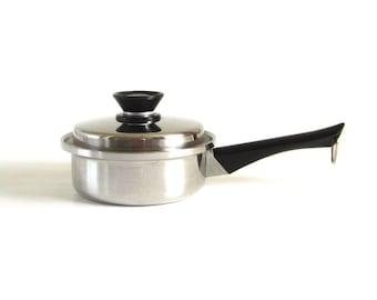 Amway Queen Cookware 1 Qt Saucepan