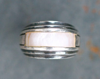 Modern Design Ring - Sterling Silver and Pink Mother of Pearl Brutalist Ring - Size 6.5