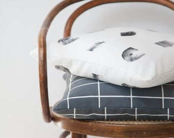 Set of two minimalistic pillows