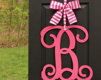 Monogram Door Hanging - Monogram Wreath - Choose letter and bow color - Year Round Wreath