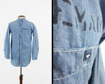 Vintage WWII US Navy Chambray Shirt Blue Utility 1940s Work Shirt Stenciled - Large
